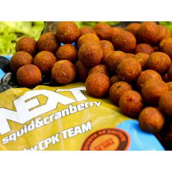 CPK BOILIES NEXT 1KG 16mm SQUID&CRANBERRY