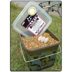 Bait-Tech Cubo Camo 3kg Pellets HI-ATTRACT (alta atraccion)