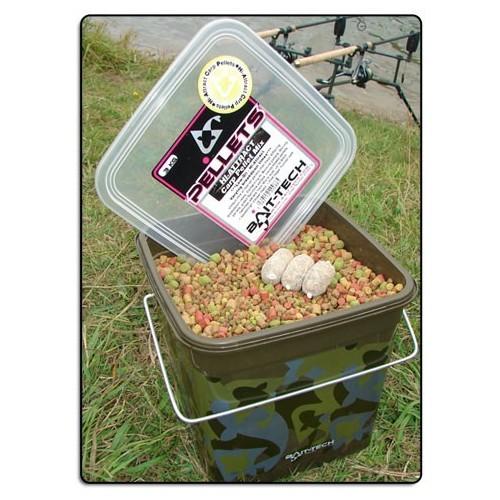 Bait-Tech Cubo Camo 3kg Pellets Mix HI-ATTRACT (alta atraccion)